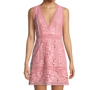ALICE + OLIVIA: Zula Lace Mini Dress (Size US 4)